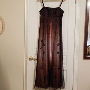 Betsey & Adam beaded mesh overlay ombre gown sz 12